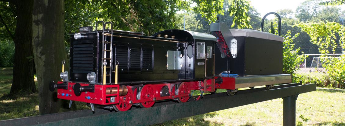 5-Zoll Lokomotive inklusive Bedienwagen