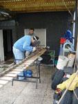 Kämme mit Flachschwellen werden geschweißt